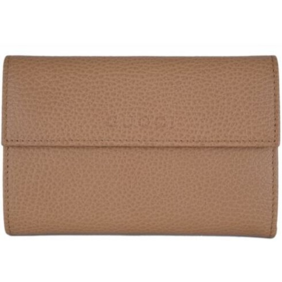 Gucci Handbags - NWT Gucci Whiskey Beige  Leather Wallet 346057